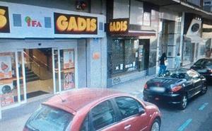 Un hombre agrede a otro por adelantarse en la cola de un supermercado de Palencia
