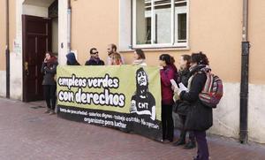 La subcontrata indemniza a los trabajadores despedidos del PRAE con el doble de lo que marca la ley