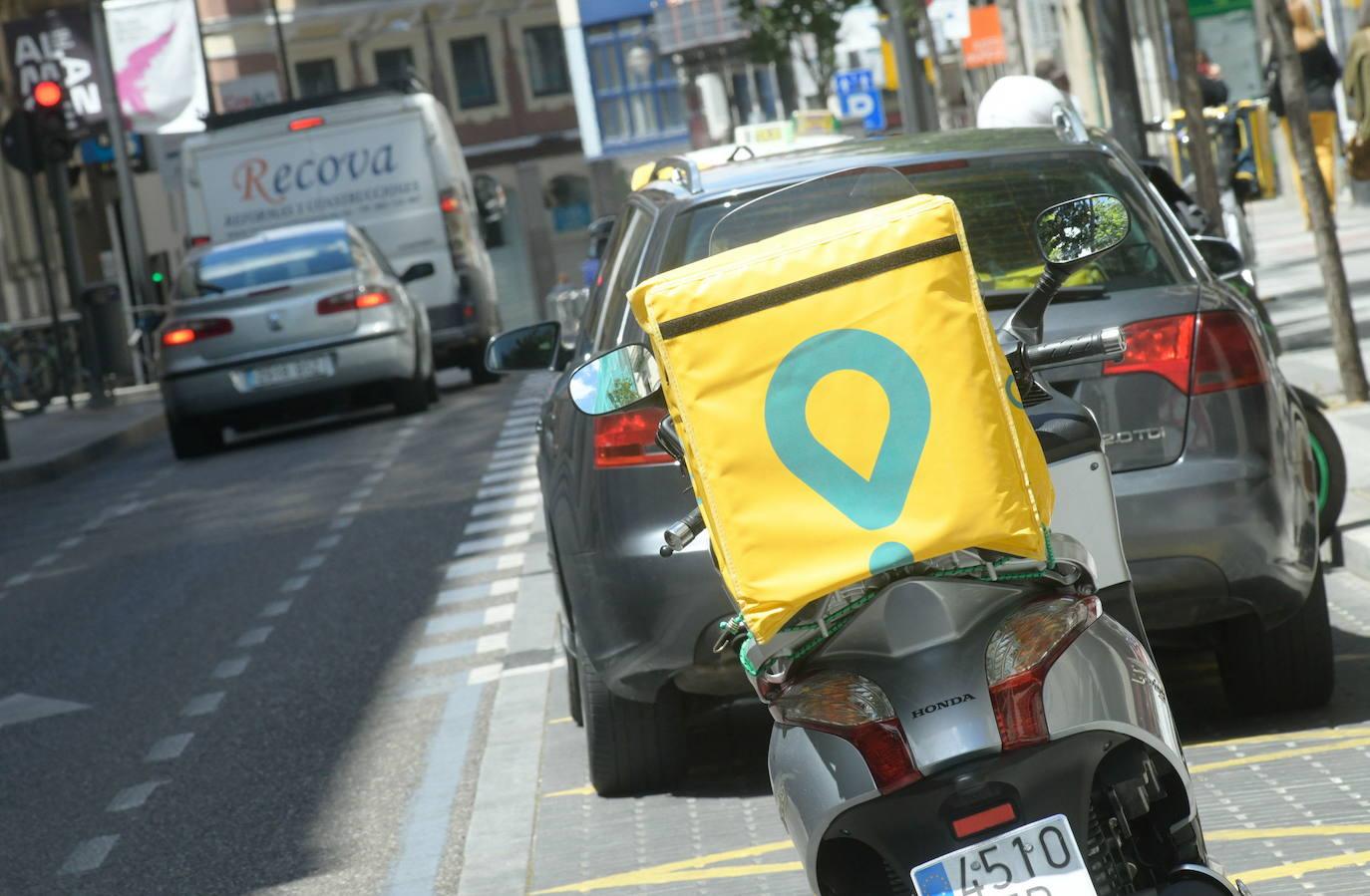 CC OO denuncia la falta de derechos de los 'riders' en Valladolid