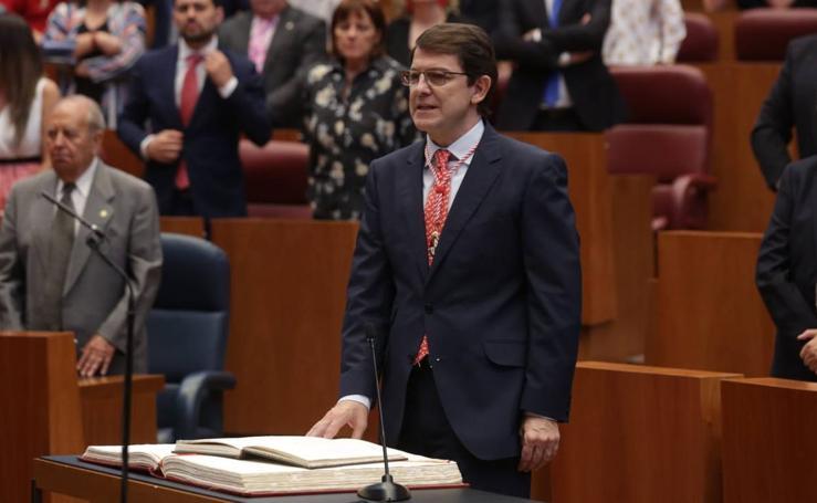 Toma de posesión de Alfonso Fernández Mañueco como presidente de la Junta de Castilla y León (1/2)