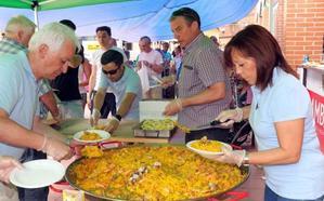 Delicias incentiva el comercio local con la celebración de su paellada popular