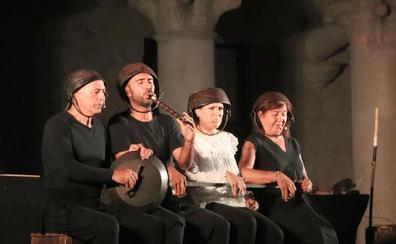 Mayalde llena el patio del castillo en el primer concierto de Noches del Mudéjar