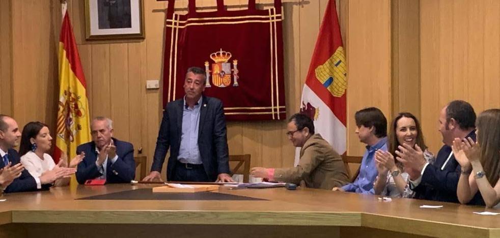 El alcalde de Aldeamayor se sube el sueldo el 55% en dos años y cobrará 30.800 euros