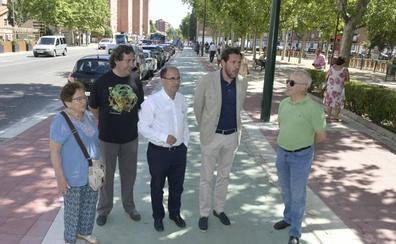 La avenida de Palencia de Valladolid suma 270 metros de carril bici