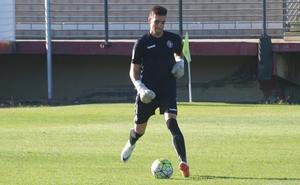 El Real Valladolid traspasa al meta Javi Hernández a Unionistas