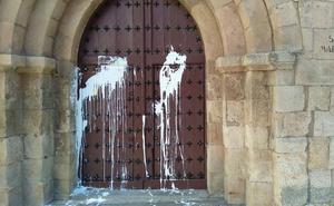 La Policía busca a los responsables del ataque vandálico a la iglesia de San Marcos