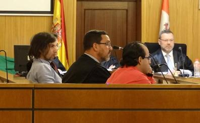 Ratifican la condena a dos hombres que maniataron y robaron a su compañera de piso en Valladolid