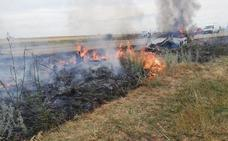 Herido de gravedad el conductor de un vehículo que acaba devorado por las llamas tras una salida de vía en León