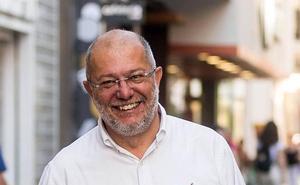 Igea destaca el «compromiso», «valentía» y «experiencia» de los futuros consejeros de Sanidad, Industria y Cultura