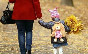 El mercado laboral penaliza la maternidad, sobre todo a las madres de 30 años