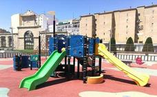 El Ayuntamiento colocará pérgolas en la plaza de la Concordia para dotarla de sombras
