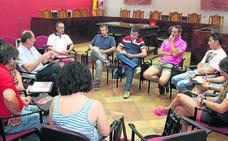 Vecinos, grupos políticos y asociaciones relanzan el protocolo de los encierros