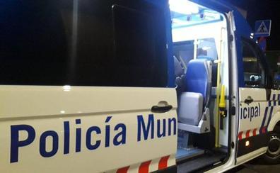 Detenido un conductor bebido en Valladolid que tras empotrar su coche contra otro se quedó dormido dentro