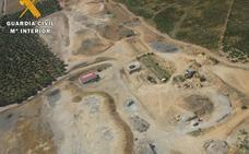 Investigan a una empresa de Tordesillas que enterraba en Rueda residuos tóxicos y peligrosos