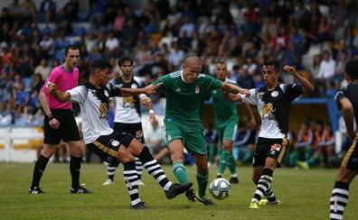 Buenas sensaciones de Unionistas en la derrota ante el Oviedo en su primer amistoso de pretemporada (1-0)