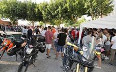 El buen ambiente y el calor protagonizan la concentración motera de Campaspero