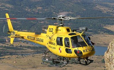 Rescatada en helicóptero una mujer de 55 años al caer y golpearse la cabeza en las calderas del río Cambrones