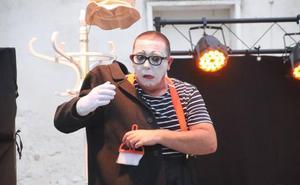 Festeamus sube el telón con la reivindicación de un teatro-auditorio