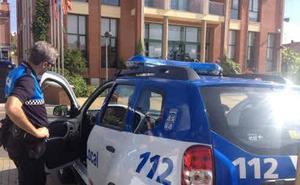 La Policía Local de Arroyo reanima a un hombre tras sufrir un infarto en plena calle