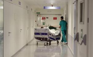 Investigan la muerte de una anciana que se cayó de una camilla en el Hospital Clínico de Valladolid