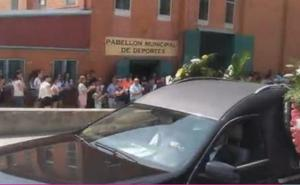 Miles de personas despiden en Alba de Tormes, Salamanca, a los cuatro jóvenes fallecidos en Galisancho