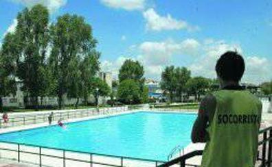 Expulsan a tres jóvenes de la piscina de Canterac, en Valladolid, por negarse a pagar la entrada