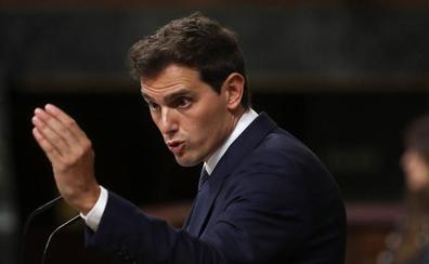 Rivera: «Busca pactar con los que quieren liquidar España»