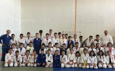 El Club Doryoku no para en verano con multutid de actividades para sus jóvenes