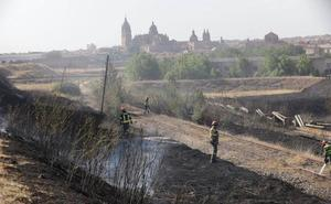 Sofocan un incendio junto al polígono El Montalvo