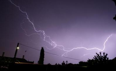 Las tormentas dejan 1.576 rayos en Valladolid y el doble de lluvia de lo habitual en julio