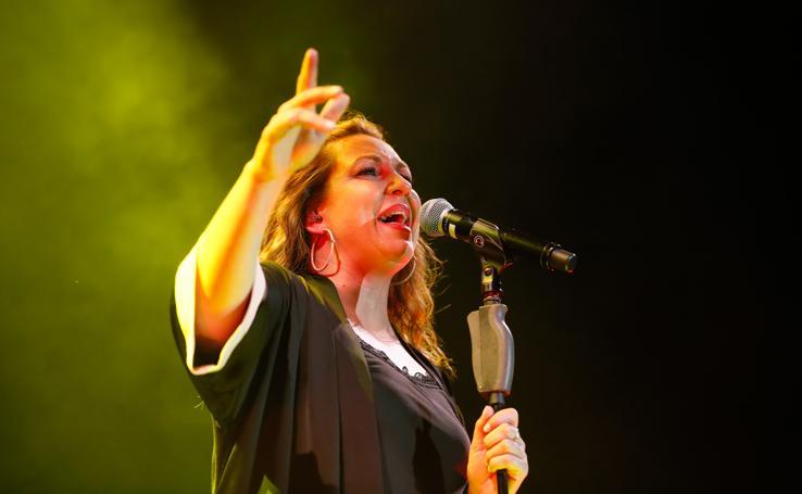 Imágenes del concierto de Niña Pastori en Santa Marta de Tormes, Salamanca