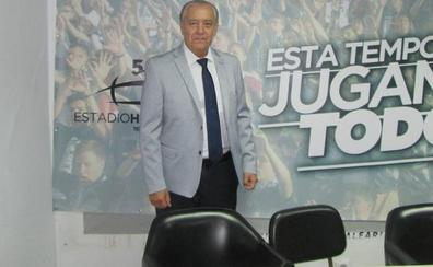 Tranquilidad en el Salamanca CF con la licencia de Trejo para que pueda dirigir en España
