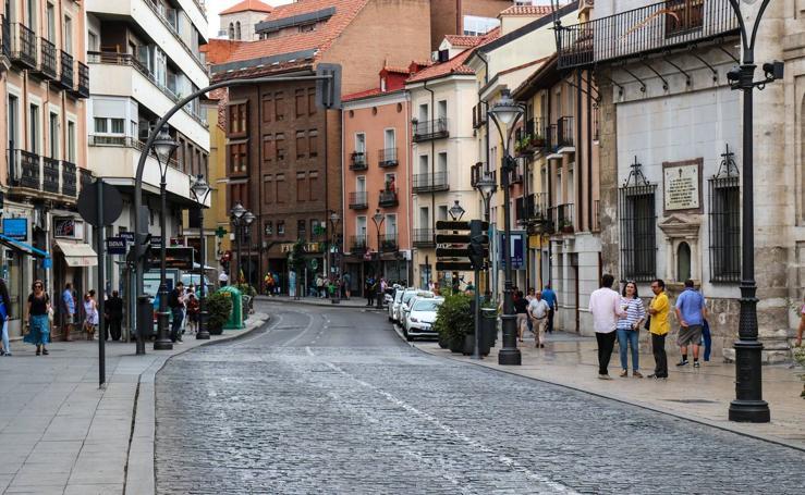 El centro de Valladolid permanece cortado al tráfico por la contaminación