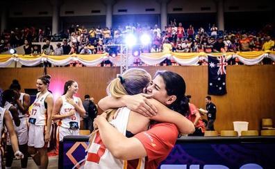 La entrenadora salmantina Raquel Romo logra el bronce en el Mundial con la selección U-19