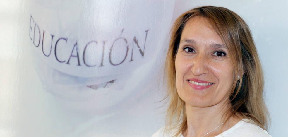Rocío Lucas, consejera de Educación: «Da rabia que alumnos mejores que los de otras comunidades salgan perjudicados en la EBAU»
