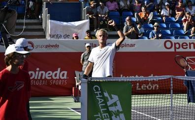 Nicola Kuhn arrasa en semifinales y luchará por el título de El Espinar contra Pavel Kotov