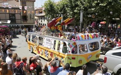 El popular Festival del Cangrejo de Herrera reparte jolgorio en un colorido desfile