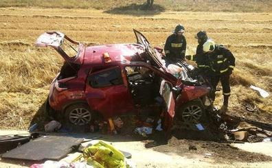Un fallecido y un herido, ambos vecinos de Barcelona, al salirse su coche en Torrubia de Soria