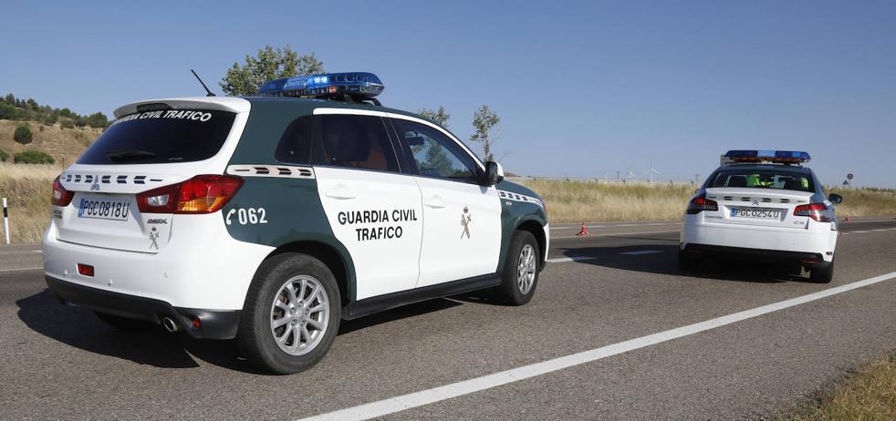 Localizan en Palencia a una menor de 13 años andando sola por la A-62