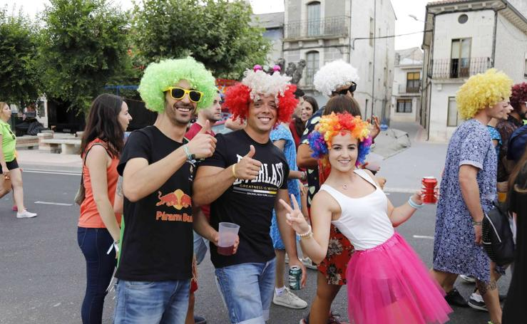 Chupinazo y desfile de peñas en Campaspero