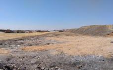 El Ayuntamiento de Salamanca se reunirá con las constructoras para «atajar» el vertido de escombros en el extrarradio