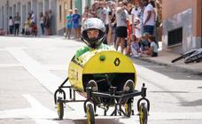 Carrera de autos locos en Doñinos