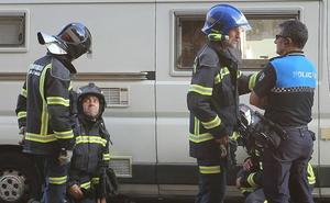 Una fuga de gas en una autocaravana obliga a actuar a los Bomberos de Palencia