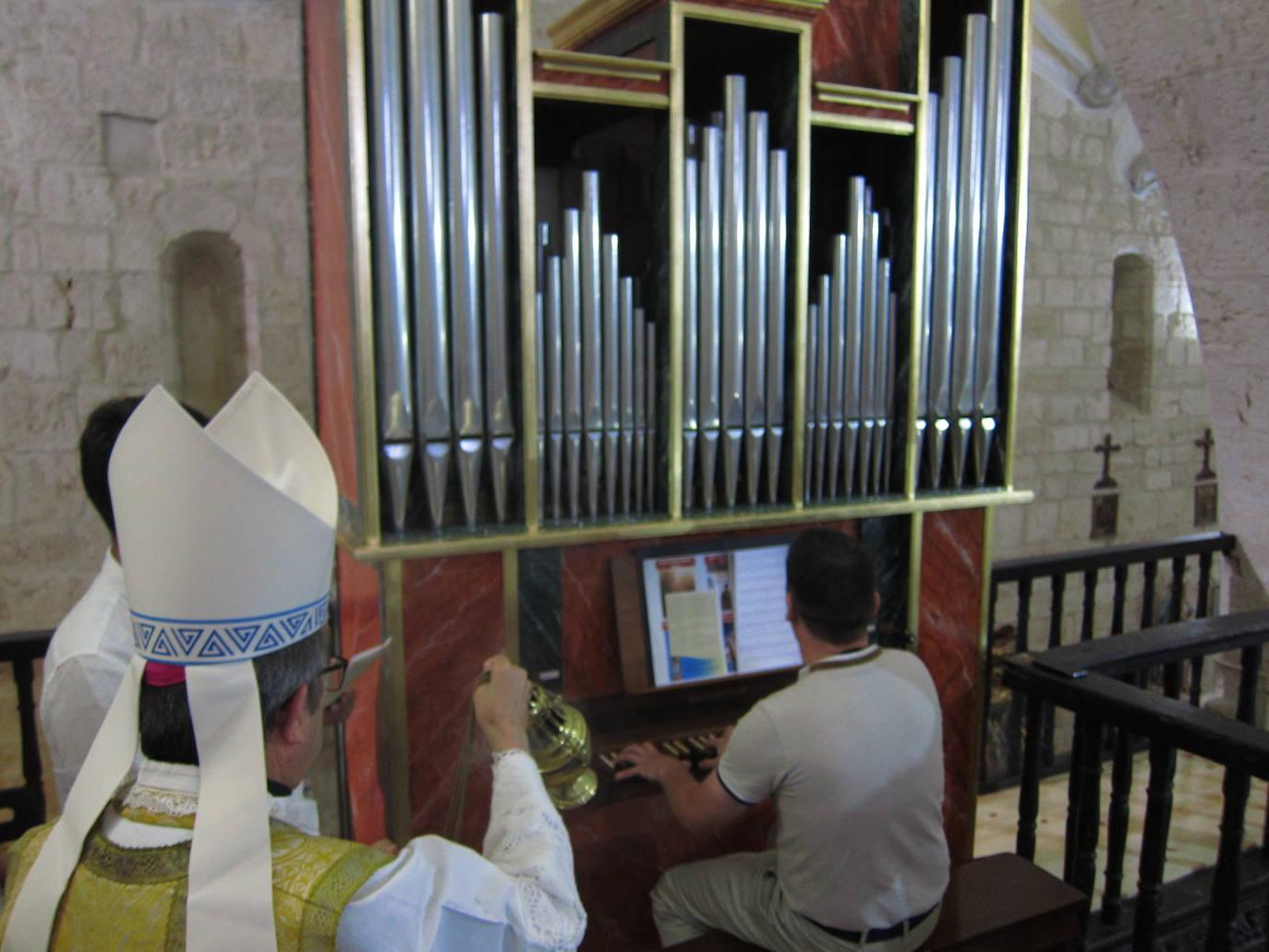 La parroquia de Castromonte estrena un órgano de 25.000 euros