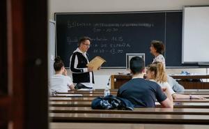Más de 22.000 alumnos salmantinos disponen de beca para sus estudios