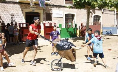 La Plaza Mayor de Castrejón recibe las fiestas en forma de coso taurino