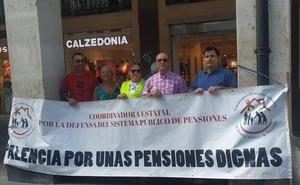 Los pensionistas vuelven a concentrarse en Palencia por «la ausencia de políticas eficaces»