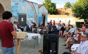 Un centenar de personas celebran en Villalán de Campos la cuarta edición del Encuentro Poético