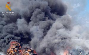 La Guardia Civil descubre varias infracciones de un desguace de Valladolid tras investigar un incendio