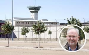 Rivero pide que se dote de personal médico a la cárcel de Dueñas
